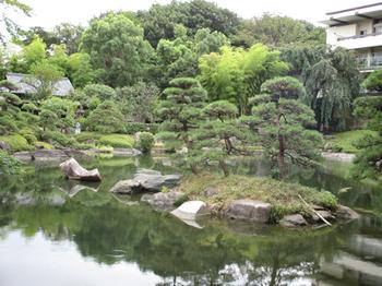 亀島と鶴石