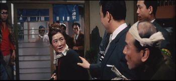 『笑わせる女―喜劇女優・若水ヤエ子を妻に14年』(オリオン出版社、1968年)より