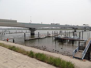 釣り船発着場2.png